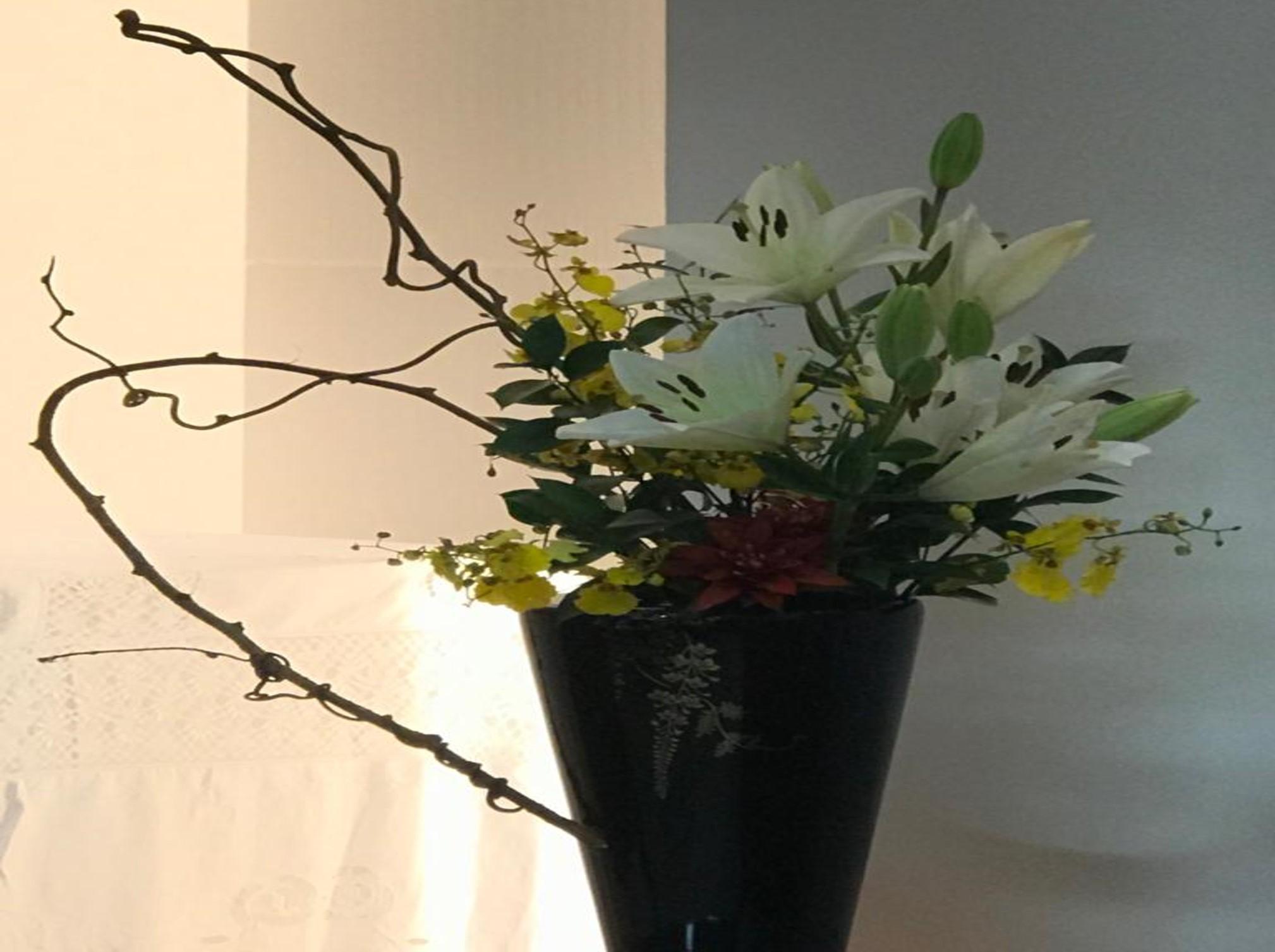 Cerimônia da Primeira Flor do Ano é celebrada no Johrei Center Piratininga (RJ)