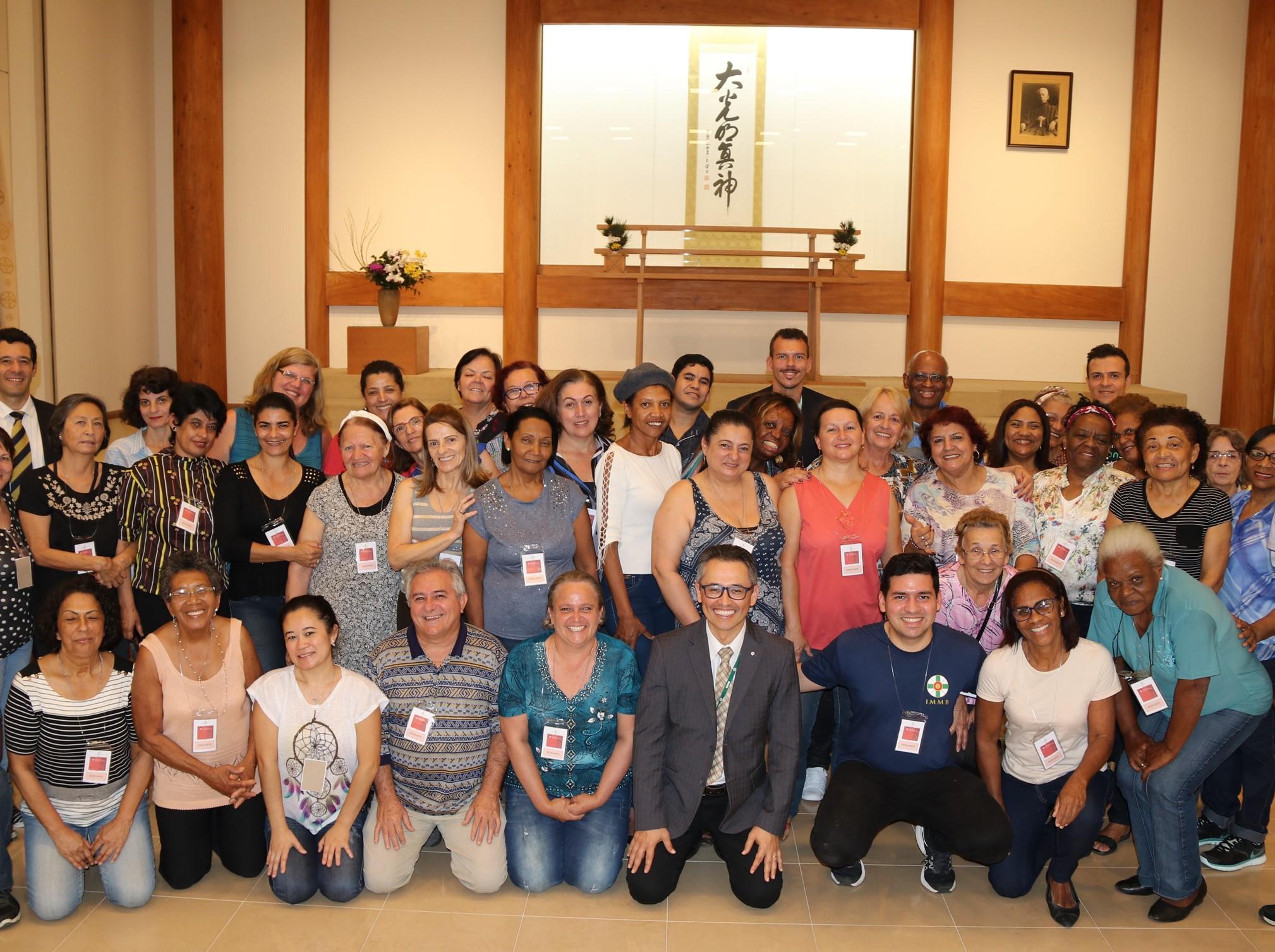 Limpeza da Sede Central reúne membros e colaboradores da IMMB